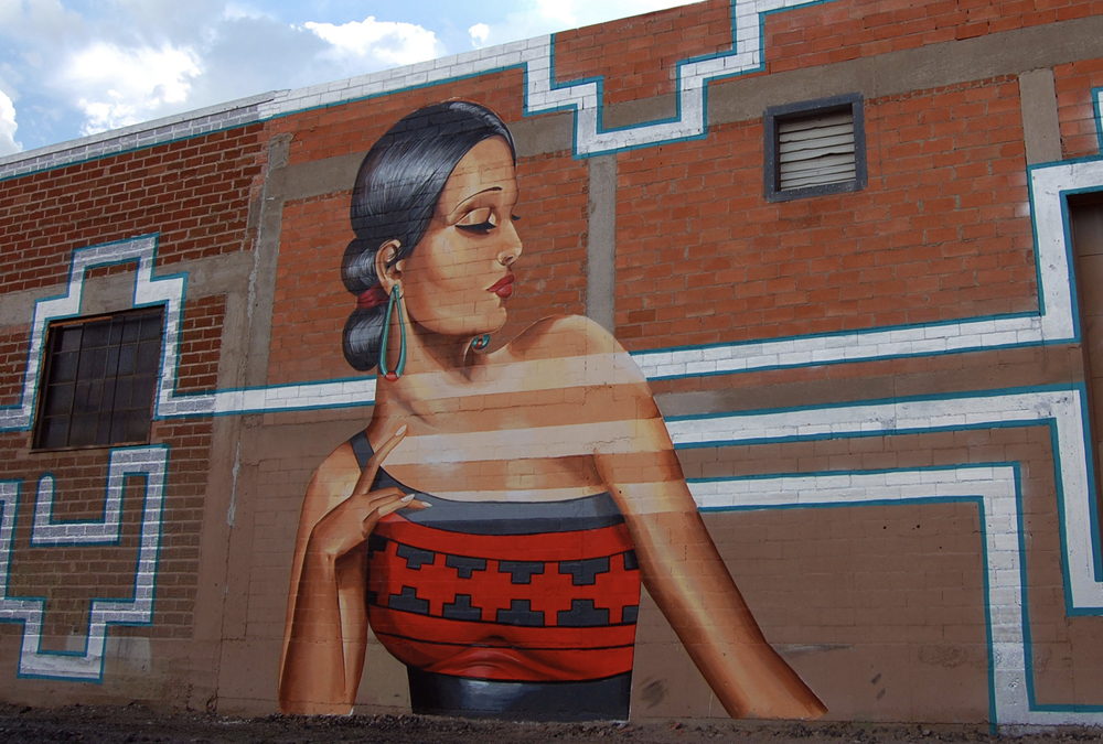 mural of sassy lady looking over her shoulder
