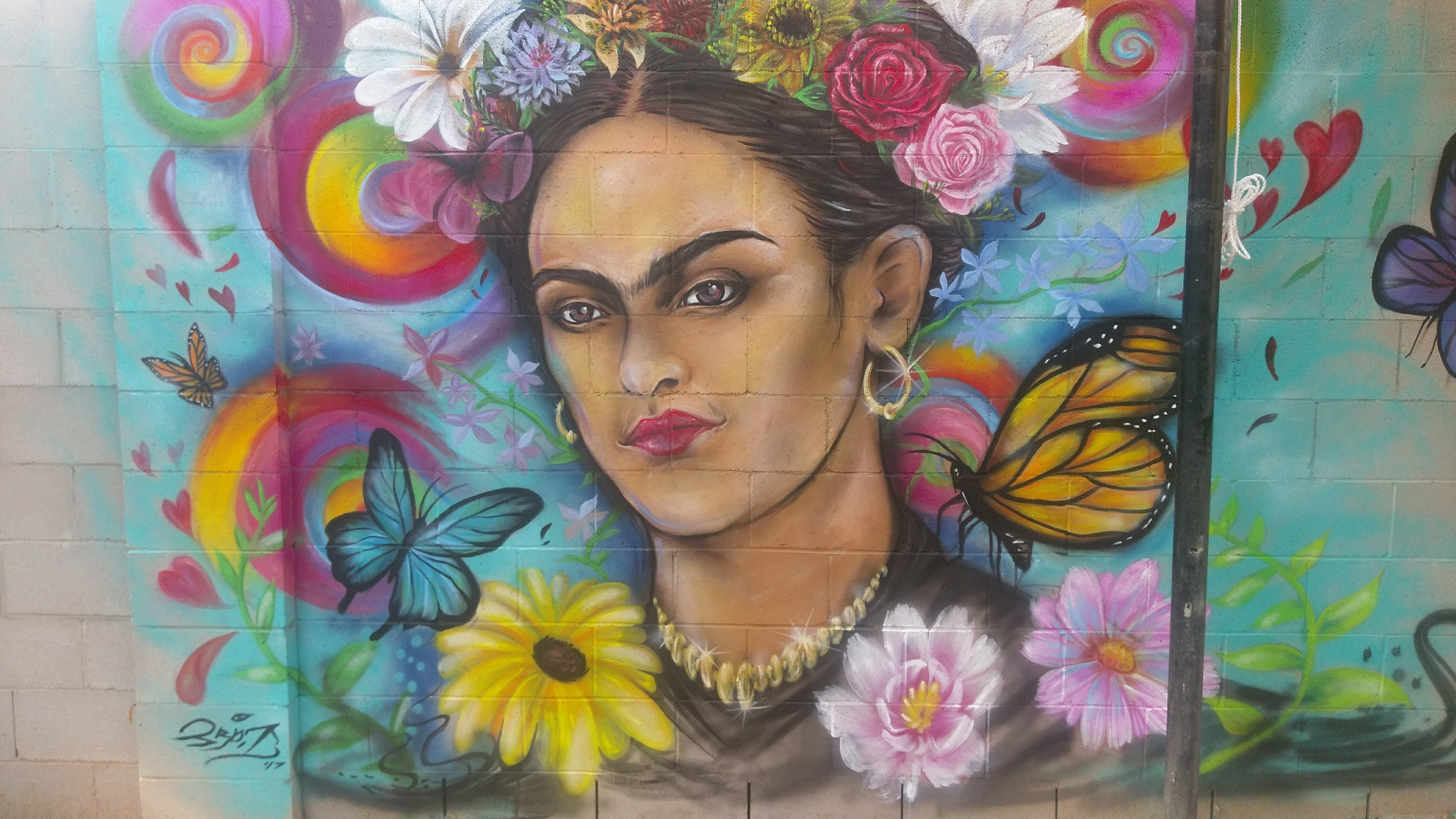 mural portrait of Frida Kahlo